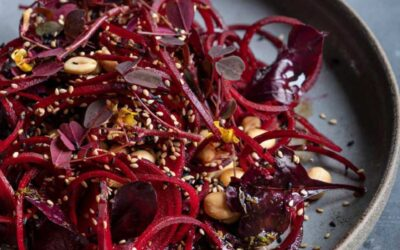 Beetroot spaghetti with soy / lime dressing